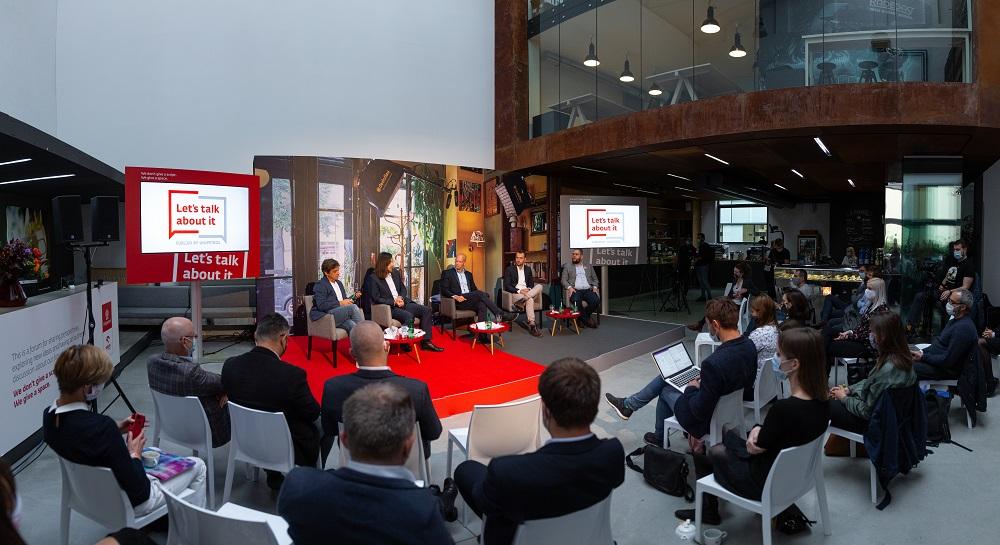 Let´s talk about it, debata - Týden Inovací